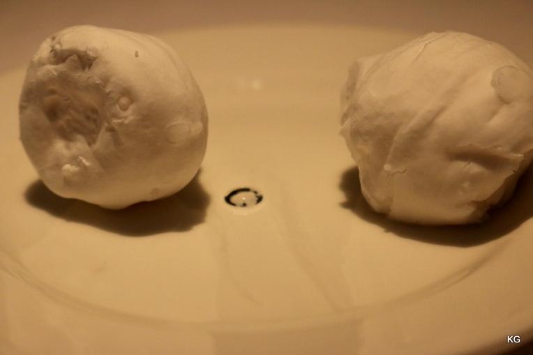 Petit Fours - Cryo Lichi Cream